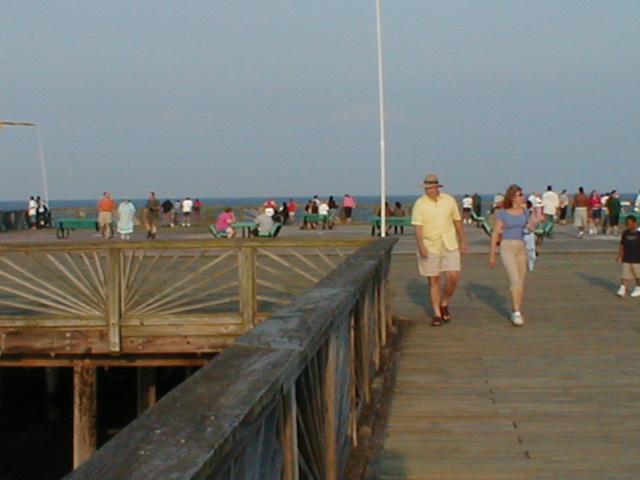 Buckroe beach for Buckroe beach fishing pier